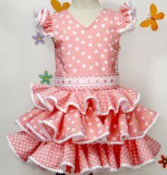 Traje de gitana popelín rosa salmón lunar blanco Clown Clothes, Girl Doll Clothes, Little Girl Dresses, Girls Dresses, Flower Girl Dresses, Flamenco Skirt, Skirts For Kids, Lolita Dress, Kind Mode