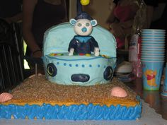 Octonauts Cake, all figurines and parts of the sub were made from Chocolate Modeling Clay
