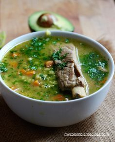 Sopa de Arroz con Costilla (Pork Ribs and Rice Soup) Video Rezept My Colombian Recipes, Colombian Cuisine, Veggie Soup Recipes, Mexican Chicken Recipes, Fun Easy Recipes, Healthy Recipes, Columbian Recipes, Tacos And Salsa, Pork Soup