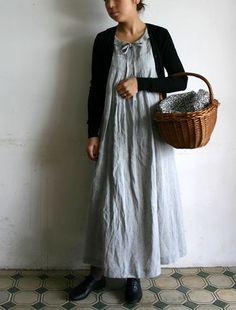 Linen maxi dress wicker basket, Japanese