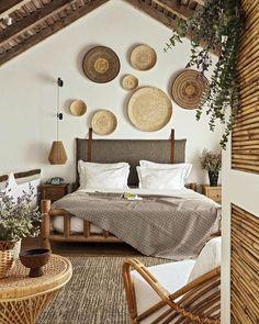 Balinese Decor, Warm Home Decor, Diy Home Decor, Home Bedroom, Bedroom Decor, Bali Bedroom, Bedroom Shelves, Bedroom Signs, Bedroom Ideas