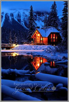Winter mountain lodge at Emerald Lake in Yoho National Park, British Columbia, Canada ~ Photo by. Snow Cabin, Winter Cabin, Cozy Cabin, Cozy Winter, Winter Night, Winter Blue, Winter Snow, Winter Homes, Forest Cabin