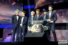 EXO at: 18th China Music Awards