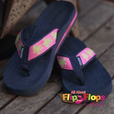 cd4098b8c8e33 Sea Turtle Flip Flops by Tidewater Pink Flip Flops