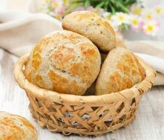 Cottage cheese rolls – without carbohydrates, preheat the oven to 150 degrees. Cottage cheese rolls – without carbohydrates, preheat the oven to 150 degrees. Low Carb Bread, Keto Bread, Low Carb Keto, Dessert Oreo, Paleo Dessert, Menu Dieta Paleo, Queijo Cottage, Law Carb, Cooking Bread