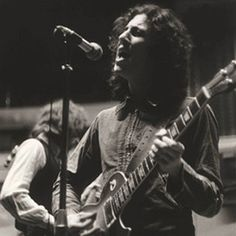 Peter Green's playing was marked with idiomatic string bending and vibrato[3] and economy of style. Though he played other guitars, he is best known for deriving a unique tone from his 1959 Gibson Les Paul.