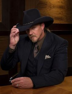 You're Hired! Country western singer Trace Adkins wins ...