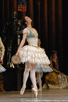 La Esmeralda ~ Maria Alexandrova (Bolshoi, 2009)
