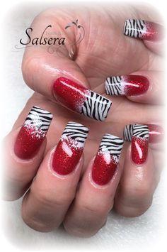 Nails, Nageldesign, Gelnägel, Fullcover rot, Stamping, Zebra, weiß, Salsera Nails & Lashes • Frankfurt am Main
