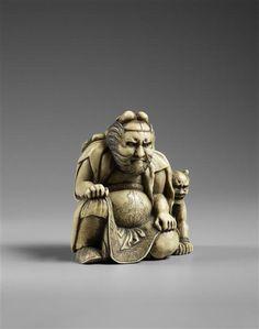 Netsuke : deux monstres cornus  (C) RMN-Grand Palais (musée Guimet, Paris) / Thierry Ollivier époque Edo (1603-1868)  ivoire  Japon