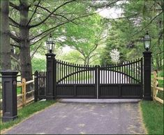 Selection of the best driveway gate ideas and designs available. Metal, wrought iron, wooden driveway gates - designs and layouts. Wrought Iron Driveway Gates, Front Gates, Entrance Gates, Driveway Security Gates, Wooden Driveway Gates, Farm Entrance, Driveway Entrance, Entrance Ideas, Driveway Fence