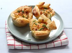 Mini hartige taartjes met tomaat, bosui en kipfilet #lekkerensimpel