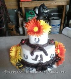 Beautiful Horse Cake... This website is the Pinterest of birthday cake ideas