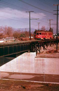Redcar, San Fernando Valley