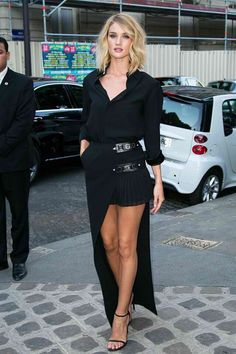 "vogue-manila: ""Rosie Huntington-Whiteley "" www.fashionclue.net | Fashion Tumblr, Street Wear & Outfits"