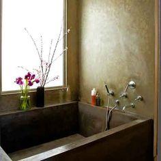 Une salle de bain en béton noir - Marie Claire Maison