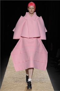 Fall Winter 2012-13 Comme des Garçons, Paris - click on the photo to see the complete collection and review on Vogue.it