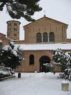 Living Ravenna: Basilica di Sant'Apollinare in Classe imbiancata: foto stupende