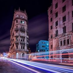 Hi everyone @paulreiffer here taking over the Phase One feed for the week. Location: Havana Cuba While many in the city were asleep those of us on the recent @podas_official workshop in Havana Cuba were stood roadside through the night capturing the unique architecture surrounded by traffic running at all hours. With a style thats reminiscent of the Flatiron building in New York this single building was crying out to be captured - and with 100 megapixels of resolution even on my ultra-wide…