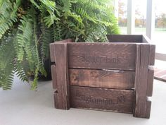 Build your own crate tutorial: Blogger made 3 for just under $22! Great size, too!