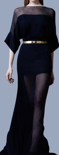 39 Ideas dress with sleeves black outfit Fashion Details, Love Fashion, Runway Fashion, High Fashion, Womens Fashion, Fashion Design, Winter Fashion, Fashion Tips, Beautiful Dresses