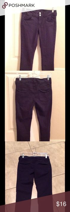 AE  jeans size 2 Crop jeans stretch American Eagle Outfitters Pants Capris
