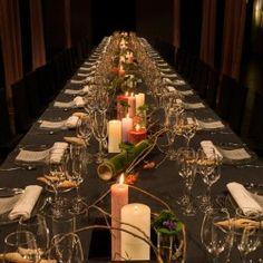 Centro de mesa Imperial para un evento en Mas Marroch (Girona) | Velas en tonos rosas y malvas con bambus naturales y violetes, son las notas de frangancia de este evento presentación #lafloreria #centrosflorales #eventos #violetas #barcelona #eventosgirona #empresa #events #floresyfragancias #eventscompany ♥ ♥ La Floreria ♥ ♥ para descubrir nuestras creaciones visita la web: www.lafloreria.net/ ♥ La Florería | Decoración cena de galapresentación Perfume