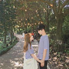 we are made of stardust Sweet Couple, Love Couple, Couple Goals, Couple Ulzzang, Ulzzang Girl, Couple Posing, Couple Shoot, Matching Couples, Cute Couples