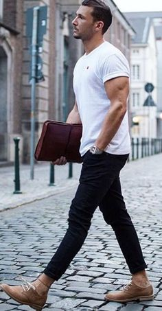 This site contains information about mens summer fashion casual. Trendy Mens Fashion, Stylish Men, Urban Fashion, Men Casual, Men Fashion, Fashion Ideas, Office Fashion, Fashion Trends, Fashion Menswear