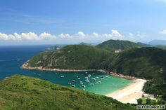 he Dragon's Back trail in Tai Tam Country Park is one of the most dramatic in Hong Kong
