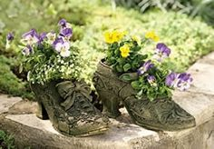 Lady's boot planter