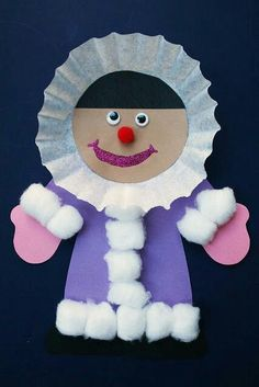 40 Diy Easy Winter Crafts 73 Easy Winter Kids Crafts that Anyone Can Make Happiness is Homemade 4 Kids Crafts, Daycare Crafts, Winter Crafts For Kids, Classroom Crafts, Winter Kids, Winter Art, Winter Theme, Projects For Kids, Art For Kids