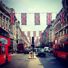 destinations, instagram, london, british, city life, royal weddings, places, the city, country
