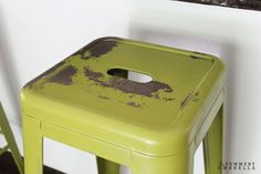 Not a fan of the color of your metal stools? Don& worry! Learn how to paint and distress metal with this quick and easy tutorial. Painted Bar Stools, Cool Bar Stools, Metal Bar Stools, Metal Chairs, Cool Chairs, Swing Chairs, Rocking Chairs, Arm Chairs, Office Chairs