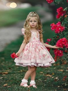 Cute Little Girls Outfits, Kids Outfits Girls, Dresses Kids Girl, Cute Dresses, Flower Girl Dresses, Toddler Dress, Baby Dress, Daddys Girl, Beautiful Children