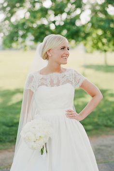 lace wedding gown   Kristen Gardner