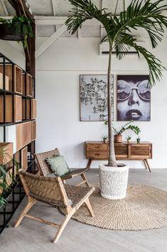 Home Interior Salas .Home Interior Salas House Paint Interior, Interior And Exterior, Interior Decorating, Wood Interior Design, Home Decor Styles, Cheap Home Decor, Bali Style Home, Bali Decor, Estilo Tropical