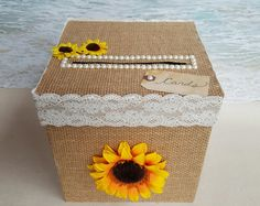 Sunflower Wedding shower - Rustic Sunflower Card Box (Wedding, Shower, Birthday, Etc) Money Box Cardbox Burlap Lace Wishing Well Cards Shabby Chic Yellow Sun Flower. Card Box Wedding, Diy Wedding, Dream Wedding, Trendy Wedding, Wedding Ideas, Sun Flower Wedding, Rustic Wedding, Money Box Wedding, Wedding Country