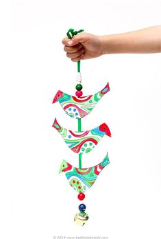 Simple Christmas Craft Ideas: Holiday Bell Tota - Babble Dabble Do Christmas Art Projects, Christmas Crafts For Kids To Make, Easy Crafts For Kids, Christmas Activities, Simple Christmas, Kids Christmas, Holiday Crafts, Art For Kids, Christmas Things