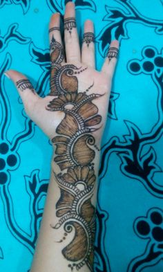 New and Trendy Bridal Mehndi designs 2020 Peacock Mehndi Designs, Latest Arabic Mehndi Designs, Mehndi Designs Feet, Mehndi Designs Book, Stylish Mehndi Designs, Mehndi Designs For Girls, Mehndi Design Pictures, Wedding Mehndi Designs, Dulhan Mehndi Designs