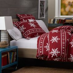 Christmas Bedroom Decor | WebNuggetz.com