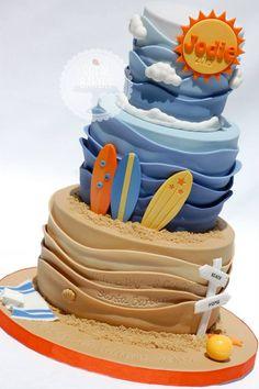 Fondant Wave Cake Tutorial: Make a Beachy Cake in No Time! Pretty Cakes, Cute Cakes, Fondant Cakes, Cupcake Cakes, Fondant Recipes, Fondant Ruffles, Homemade Fondant, Fondant Tips, Ruffle Cake