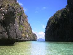To go to Palawan, Philippines. El Nido Palawan, Top Place, Secret Places, Travel Bugs, Places To See, Philippines, Beautiful Places, To Go, Around The Worlds