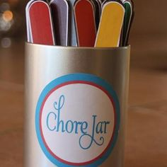 Some kids need a little more detail when it comes to doing their chores. Break your chores down to the nitty gritty with these FREE printable chore sticks set. Print out the chores and mod podge them onto craft sticks.