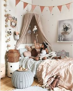 Kinderzimmer You are in the right place about baby room decor for girls Here we offer you the most beautiful pictures about the baby room … Deco Kids, Parents Room, Little Girl Rooms, Boy Room, Room Interior, Bedroom Decor, Kids Rooms, Toddler Rooms, Room Kids