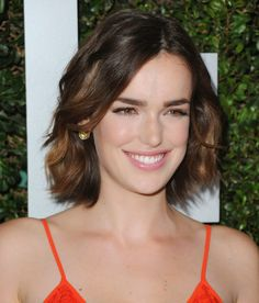 Simply Gorgeous Elizabeth Henstridge --- This description is great because it's accurate