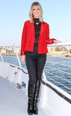 January Jones from The Big Picture: Today's Hot Photos  The blonde bombshell is spotted on The Last Man On Earth booze cruise in Los Angeles.