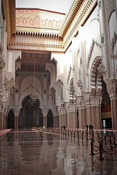 Hassan II Mosque Casablanca, Morocco architecture is just phenomenal Mosque Architecture, Art And Architecture, Architecture Details, Ancient Architecture, Beautiful Architecture, Beautiful Buildings, Beautiful Mosques, Beautiful Places, Beautiful Pictures