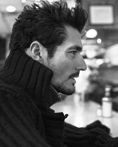Profile‼️ by @marianovivanco #outtake