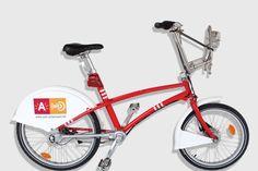 Op de beschikbaarheidskaart kan je voor elk Velo-station de realtime informatie vinden: het aantal vrije sloten, het aantal beschikbare fietsen.